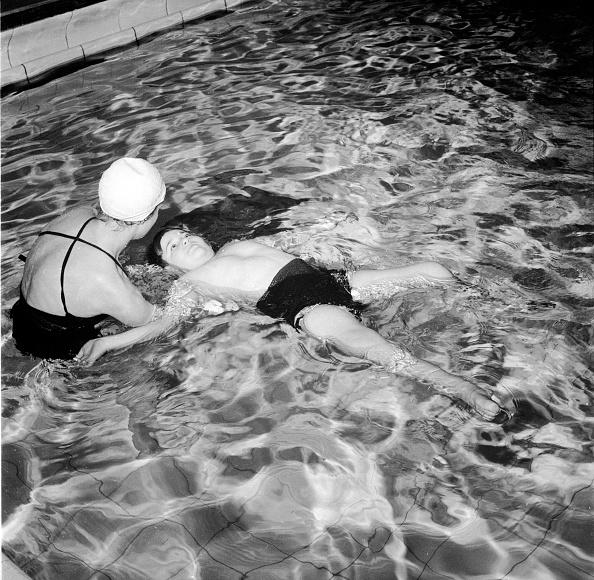 Pain「Pool Exercises」:写真・画像(19)[壁紙.com]
