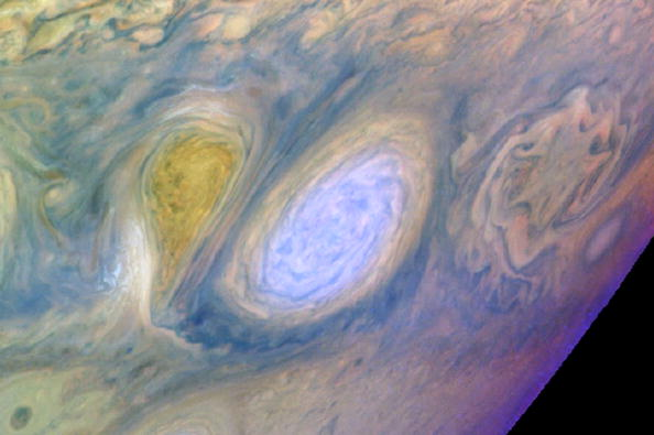 Cloud - Sky「Scientist Begin Retrieving Data From Galileo After Close Call With Jupiter」:写真・画像(14)[壁紙.com]