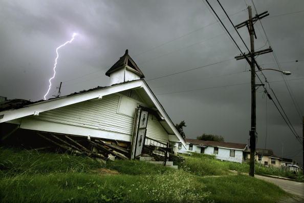 Church「Lower Ninth Ward Churches Abandoned After Katrina」:写真・画像(12)[壁紙.com]