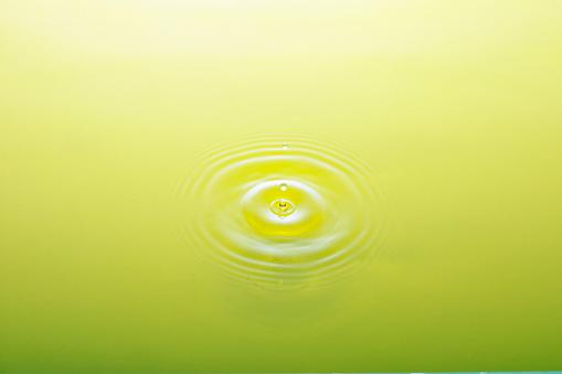 Rippled「Ripple in green tea」:スマホ壁紙(3)