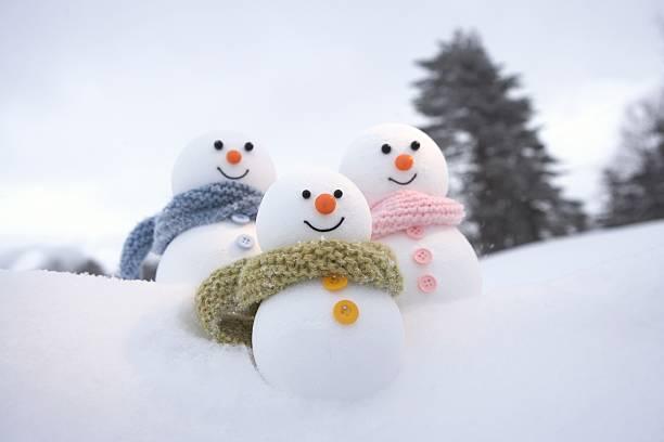 Family of snowmen:スマホ壁紙(壁紙.com)