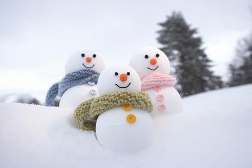 雪だるま「Family of snowmen」:スマホ壁紙(2)