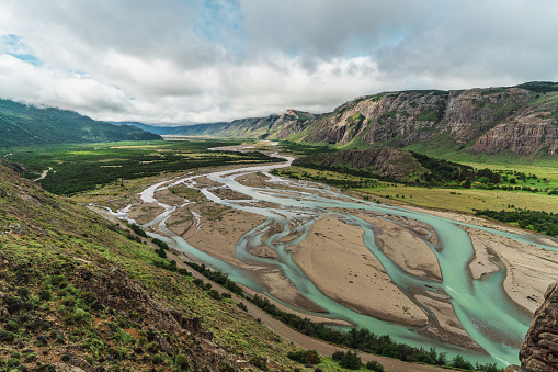 Pampas「River in Patagonian Andes in Argentina」:スマホ壁紙(15)