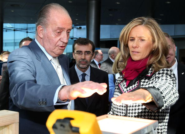 Hannah Peters「King & Queen Of Spain Visit New Zealand - Day 1」:写真・画像(4)[壁紙.com]