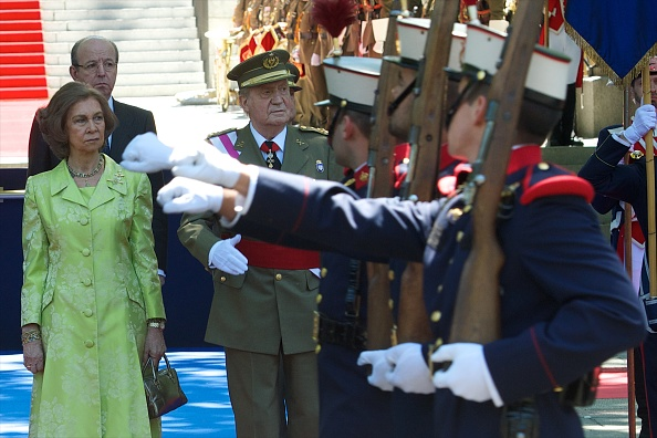 Carlos Alvarez「Spanish Royals Attend the Armed Forces Day Event」:写真・画像(18)[壁紙.com]