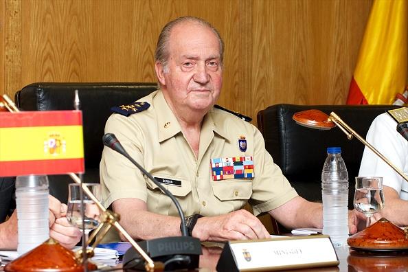 Carlos Alvarez「King Juan Carlos of Spain Visits Army General Staff」:写真・画像(12)[壁紙.com]