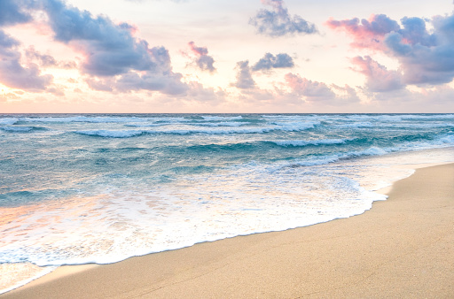 Beach「Waves on beach in Boca Raton, Florida」:スマホ壁紙(10)