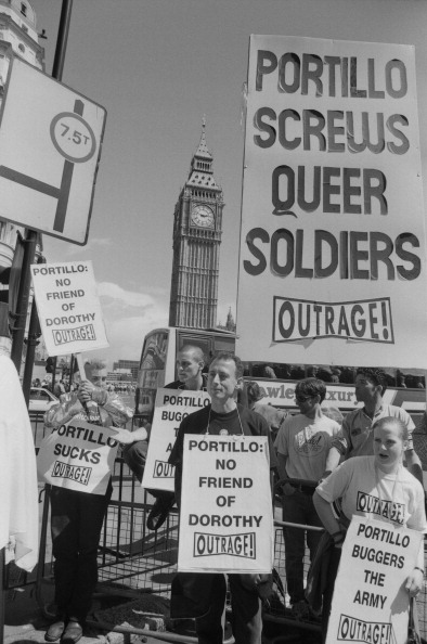 Bisexuality「Outrage! At Gay Pride」:写真・画像(10)[壁紙.com]
