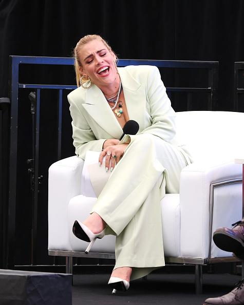 Bestof「Tribeca Talks: Tina Fey & Co. - 2021 Tribeca Festival」:写真・画像(3)[壁紙.com]