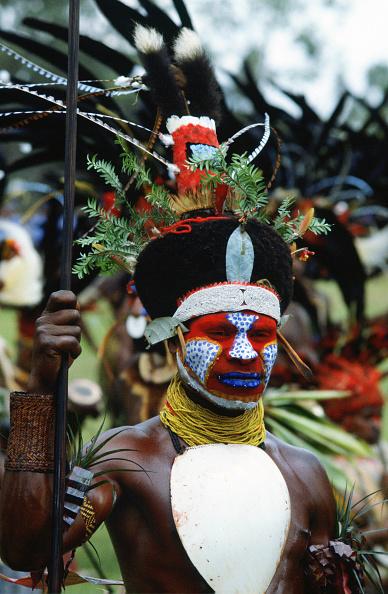 Tim Graham「Tribesman, Papua New Guinea」:写真・画像(12)[壁紙.com]