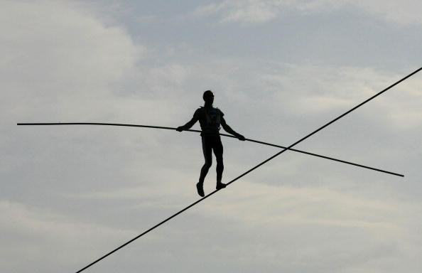 Tightrope「2009 World High Wire Championships Takes Place In Seoul」:写真・画像(13)[壁紙.com]