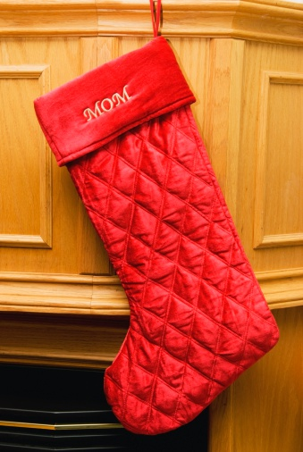 Parent「A Stocking For Mom Hung By The Fireplace」:スマホ壁紙(1)