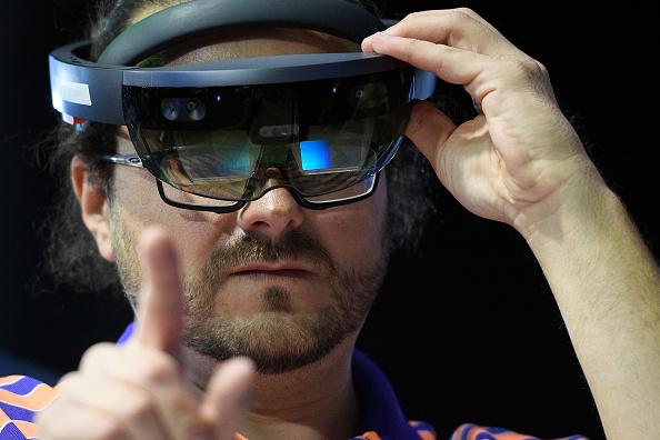 Headset「AI Summit At TechXLR8 During London Tech Week」:写真・画像(17)[壁紙.com]
