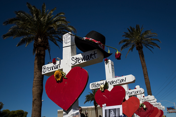 Las Vegas「Las Vegas Mourns After Largest Mass Shooting In U.S. History」:写真・画像(18)[壁紙.com]