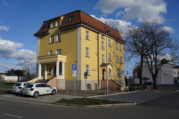 Infectious Disease「Over 2,000 People Quarantined In Neustadt Near Berlin Over Possible Coronavirus Exposure」:写真・画像(11)[壁紙.com]