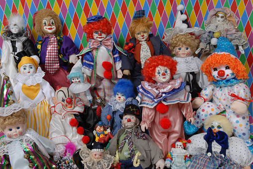 Doll「Variety / collage of clowns; clown figurines; multi-colored background」:スマホ壁紙(18)