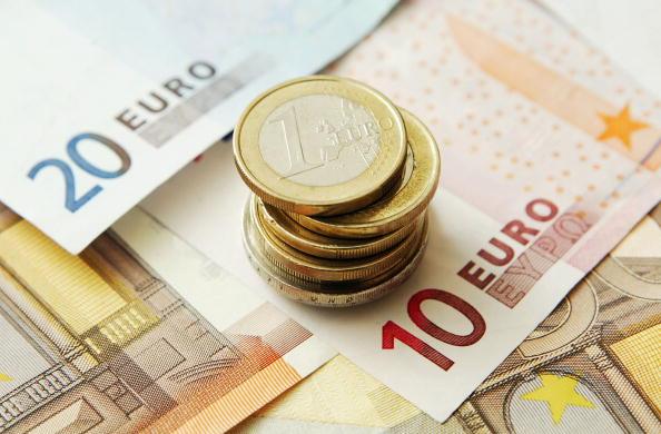 ファイナンス「The Euro Reaches All-Time High Against The Dollar  」:写真・画像(12)[壁紙.com]