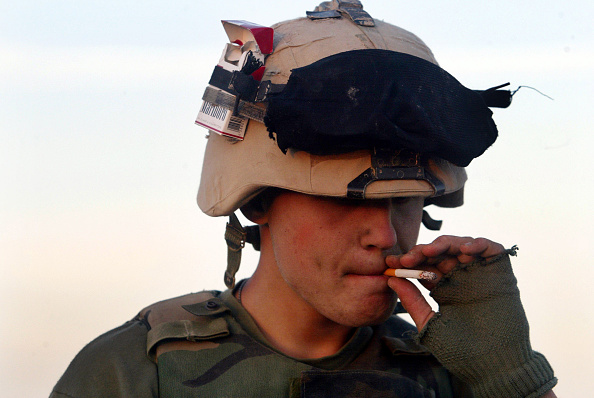 Rest Area「U.S. Marines Rest Between Battles」:写真・画像(17)[壁紙.com]