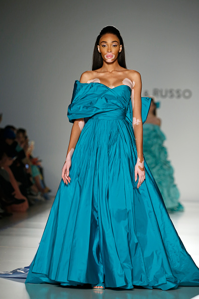 Ralph and Russo「Ralph & Russo : Runway - Paris Fashion Week - Haute Couture Spring/Summer 2020」:写真・画像(8)[壁紙.com]