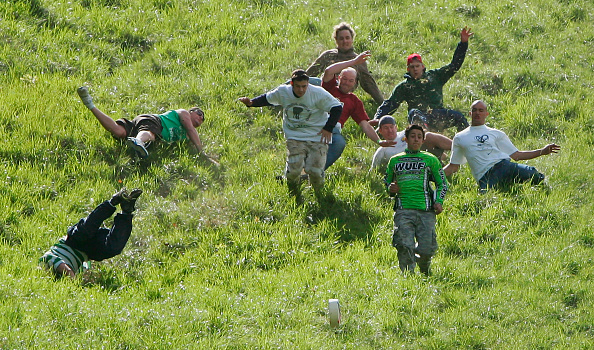 "Cheese「Gloucestershire ""Cheese Rolling and Wake""」:写真・画像(9)[壁紙.com]"