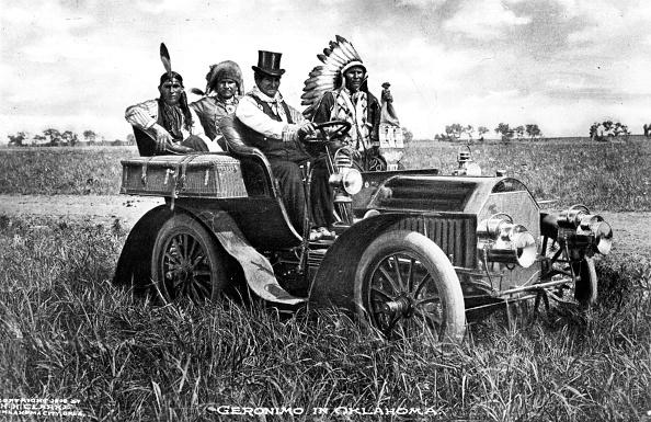 1900-1909「Captive Geronimo」:写真・画像(7)[壁紙.com]