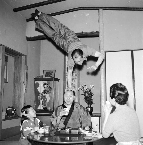 Balance「Playing With Food」:写真・画像(15)[壁紙.com]