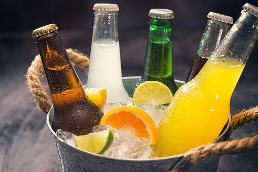 Frozen「Cold Bottles of Various Drinks in The Ice Bucket」:スマホ壁紙(2)