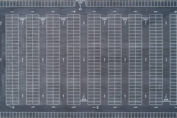 Parking from the sky.:スマホ壁紙(壁紙.com)