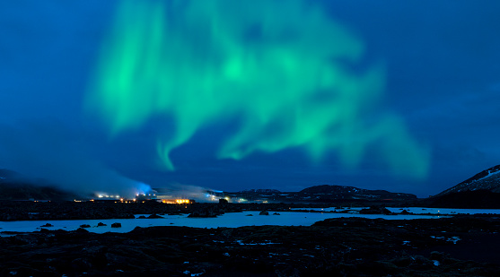 Lava「Northern Lights over the Blue Lagoon - Iceland」:スマホ壁紙(11)