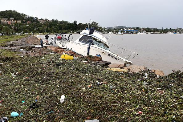 Tony Feder「Severe Storm Continues To Lash New South Wales」:写真・画像(2)[壁紙.com]