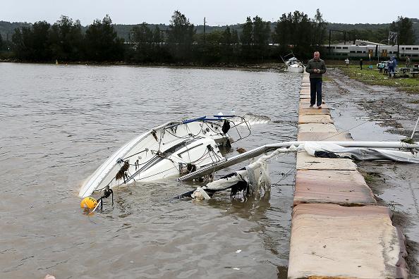 Tony Feder「Severe Storm Continues To Lash New South Wales」:写真・画像(4)[壁紙.com]