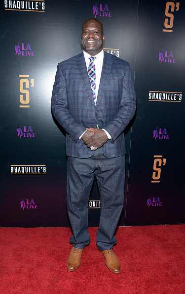 Checked Blazer「Grand Opening Of Shaquille's At L.A. Live」:写真・画像(16)[壁紙.com]