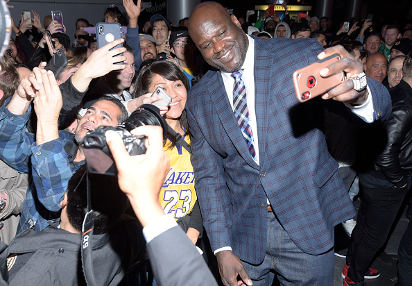 Checked Blazer「Grand Opening Of Shaquille's At L.A. Live」:写真・画像(18)[壁紙.com]