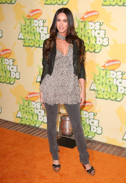 Leather Jacket「Nickelodeon's 22nd Annual Kids' Choice Awards - Arrivals」:写真・画像(8)[壁紙.com]