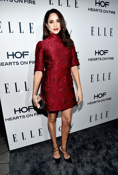 Red Dress「ELLE's 6th Annual Women In Television Dinner Presented By Hearts on Fire Diamonds And Olay - Red Carpet」:写真・画像(3)[壁紙.com]