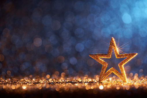 December「Sparkling Golden Christmas Star - Ornament Decoration Defocused Bokeh Background」:スマホ壁紙(10)
