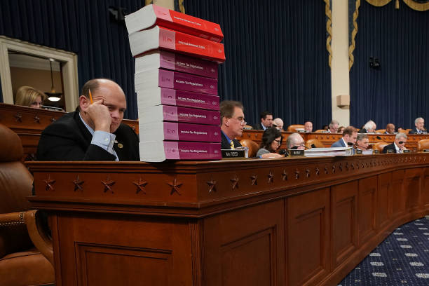 Organized Group「House Ways And Means Committee Begins Markup Of Tax Reform Bill」:写真・画像(11)[壁紙.com]