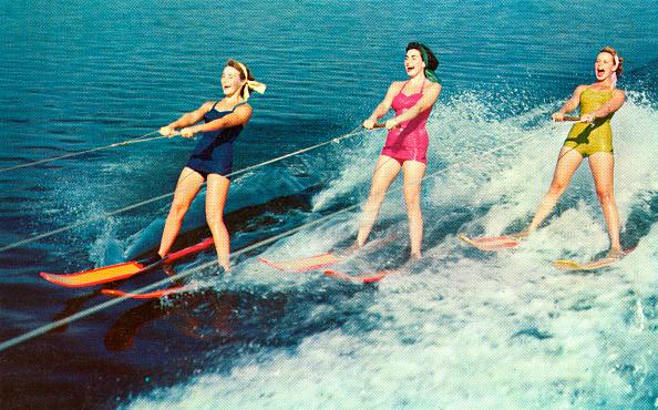 Happiness「Three Women Waterskiing」:写真・画像(8)[壁紙.com]