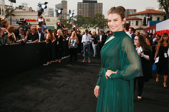 """Lauren Cohan「Premiere Of STX Films' """"Mile 22"""" - Red Carpet」:写真・画像(2)[壁紙.com]"""