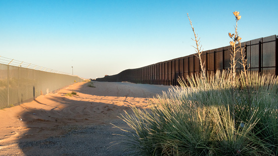 Geographical Border「US Mexico Border in New Mexico」:スマホ壁紙(10)