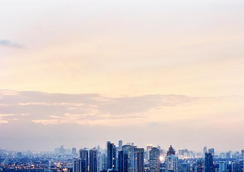 Thailand「Bangkok cityscape at dusk」:スマホ壁紙(17)