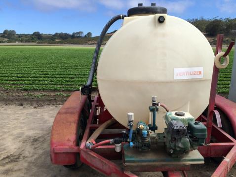 Insecticide「Fertilizer tank by field of crops」:スマホ壁紙(5)