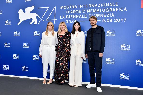 Kirsten Dunst「Woodshock Photocall - 74th Venice Film Festival」:写真・画像(13)[壁紙.com]