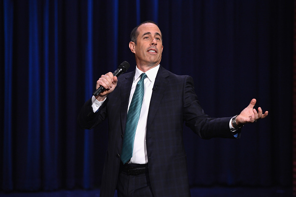 "Jerry Seinfeld「Kristen Wiig & Jerry Seinfeld Visit ""The Tonight Show Starring Jimmy Fallon""」:写真・画像(2)[壁紙.com]"