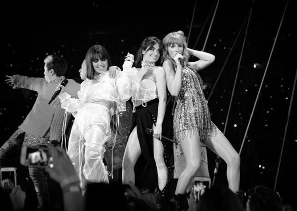 スタジアム「Taylor Swift 2018 Reputation Stadium Tour」:写真・画像(13)[壁紙.com]