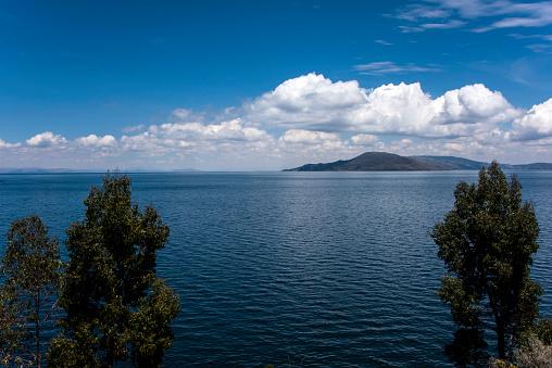 Peru「Lake Titicaca」:スマホ壁紙(6)
