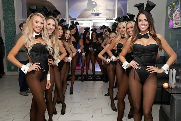 Waitress「Playboy Party With TAO At Spire Nightclub」:写真・画像(11)[壁紙.com]