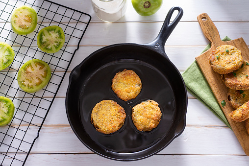 Skillet - Cooking Pan「Fried Green Tomatoes」:スマホ壁紙(10)