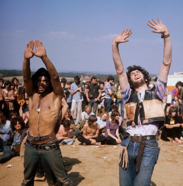 Rock Music「Dancing Hippies」:写真・画像(5)[壁紙.com]