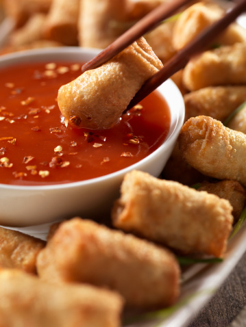 Sweet And Sour Dish「Mini Egg Rolls with Plum Sauce」:スマホ壁紙(19)